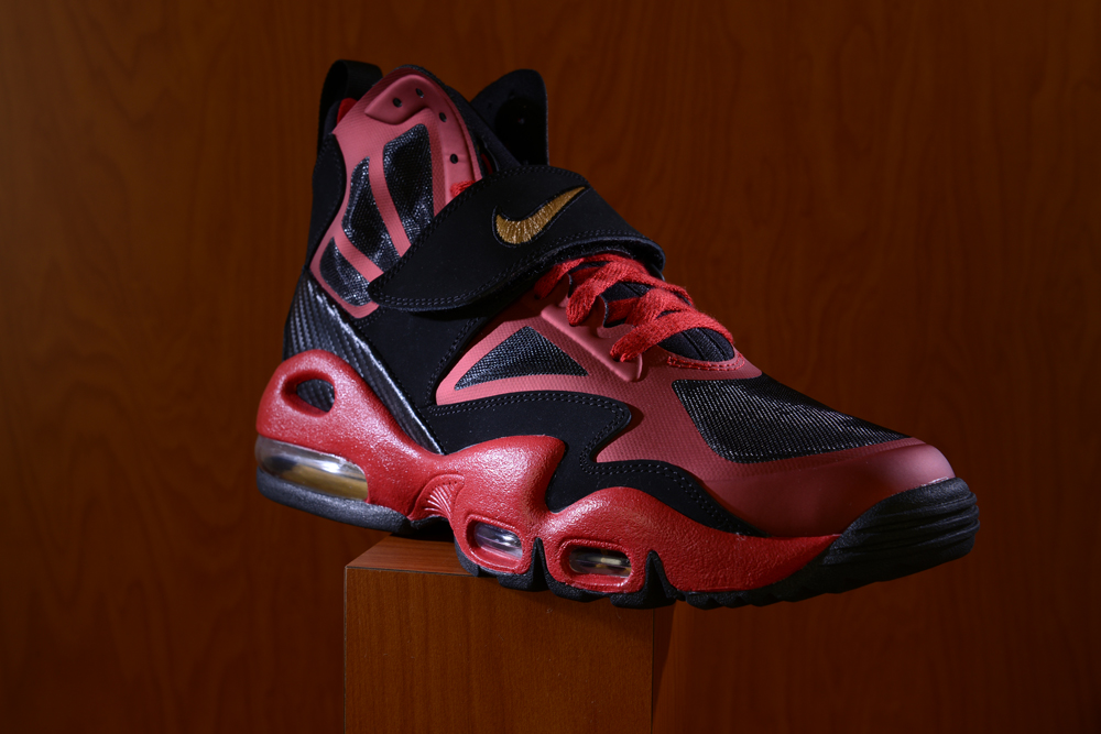 finest selection d54ea 2522a ... Footaction Nike Air Max Express Niners 02 ...