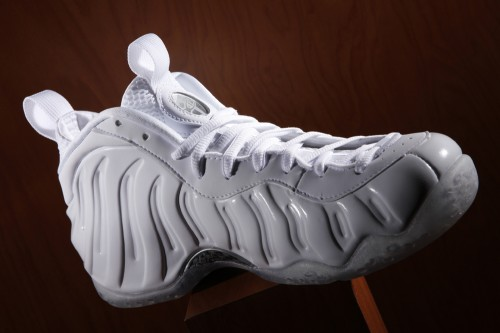 """Nike Air Foamposite One """"White Out""""Footaction Star Club White Out Foamposites"""