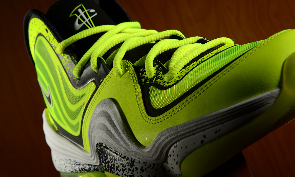 Footaction-Nike-Air-Penny-V-Volt-3