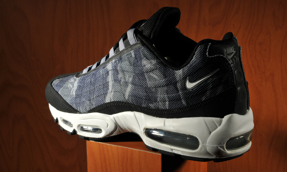 8c0fe81aa1 With camo as popular as it's ever been, it's only right it finds it's place  on a classic sneaker. The Nike Air Max 95 was already legendary in it's own  ...