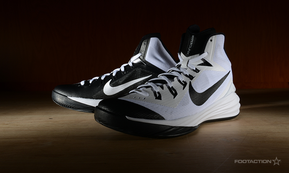 2014 nike hyperdunks black and white