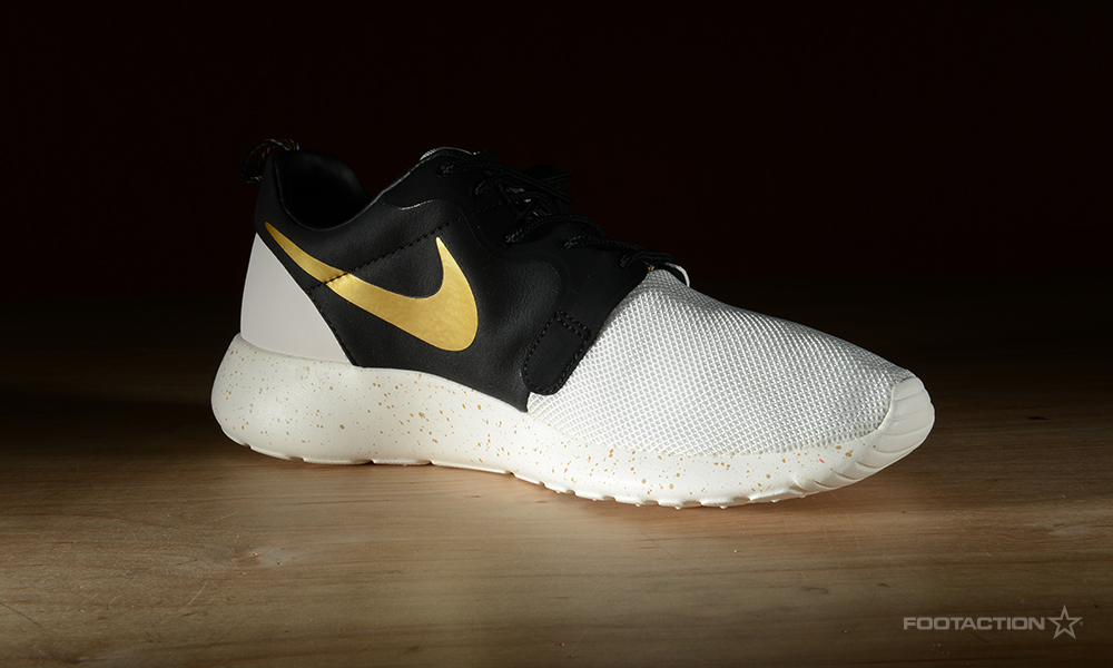 Nike Roshe Run Gold Swoosh extreme-hosting.co.uk