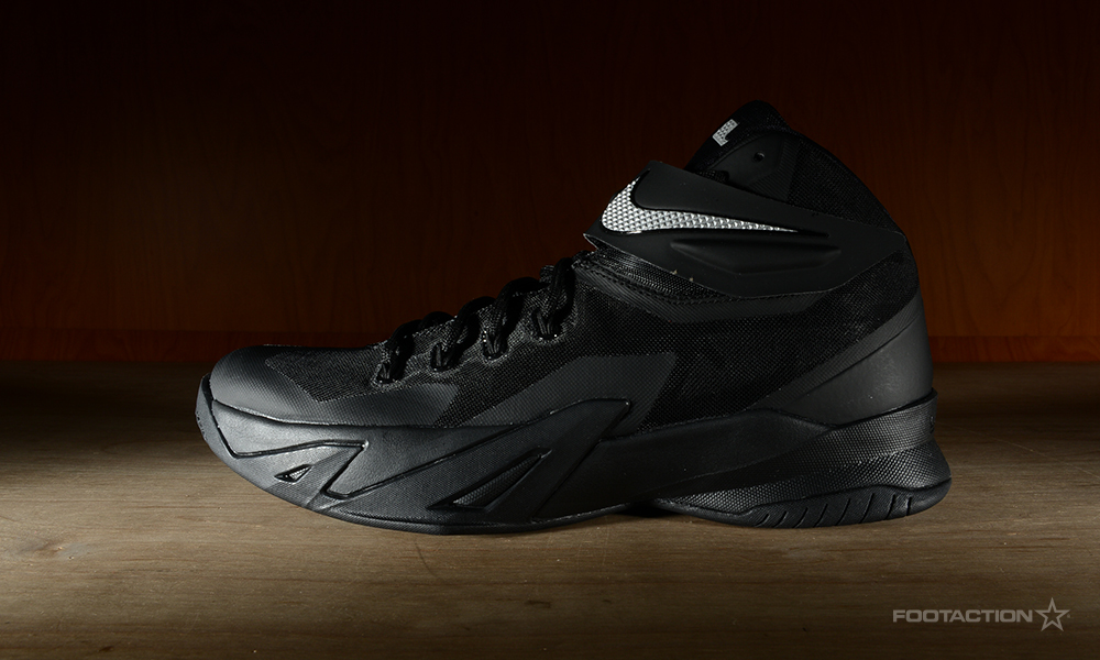 free shipping ae626 adb71 Nike Zoom Soldier 8 Black/Metallic SilverFootaction Star Club
