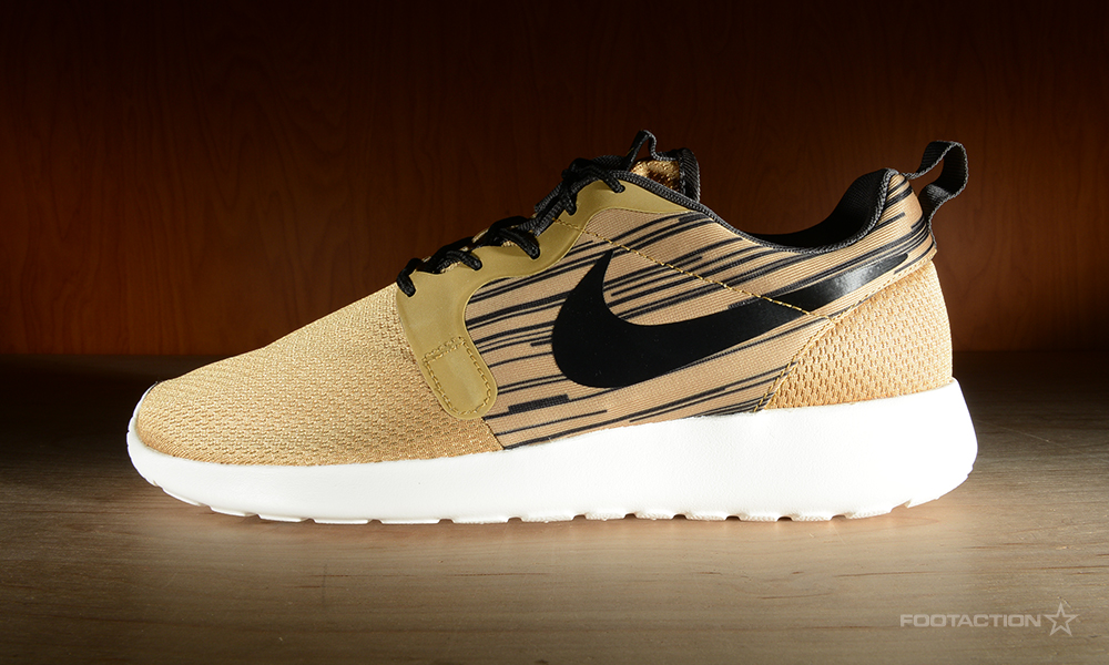 Nike Roshe Run Gold