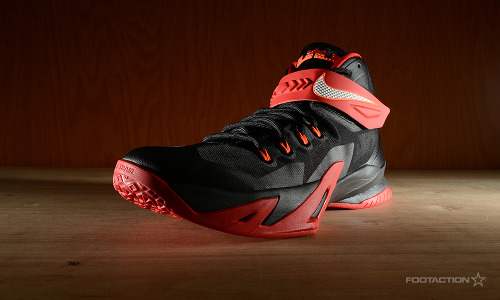 Nike Zoom Soldier 8 Black White RedFootaction Star Club b37f946d0311