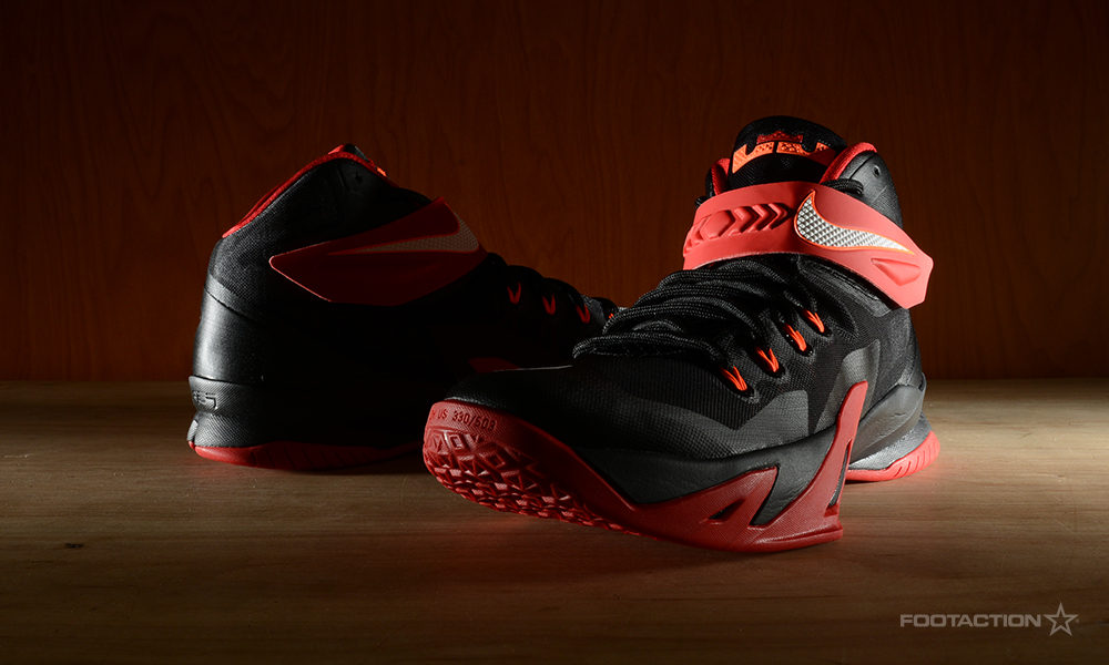 FA-NikeZoomSoldier8BlackRed-6