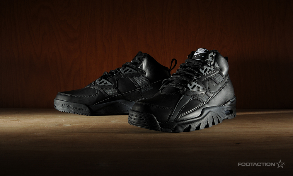 promo code 5e4f3 f6eb9 Nike Air Trainer SC Sneakerboot Blackout. AirTrainerSCSneakerboot- ...