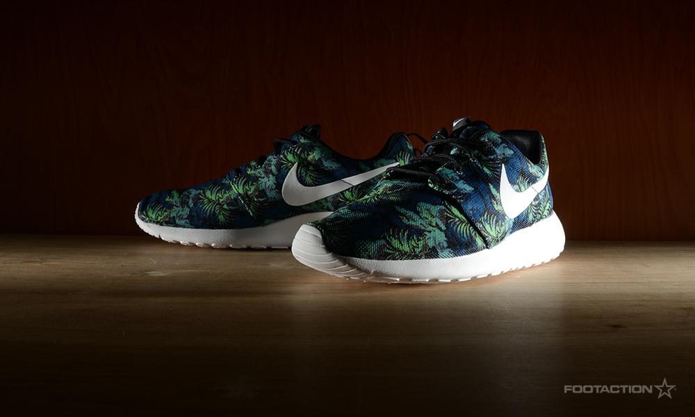2001f2a2089a roshe run - Footaction Star ClubFootaction Star Club