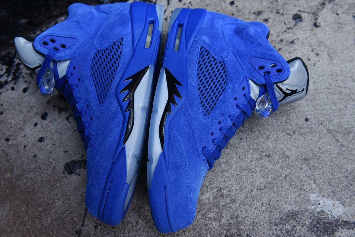 air-jordan-5-blue-suede-september-30th-2017-08