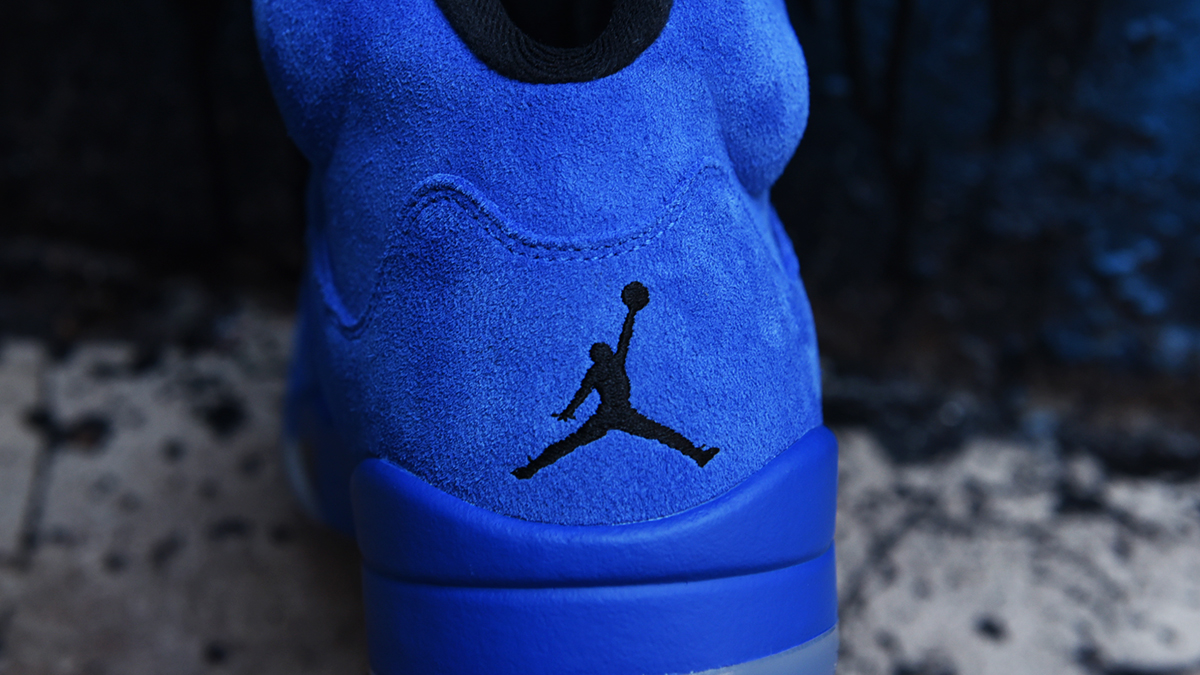 air-jordan-5-blue-suede-september-30th-2017-14
