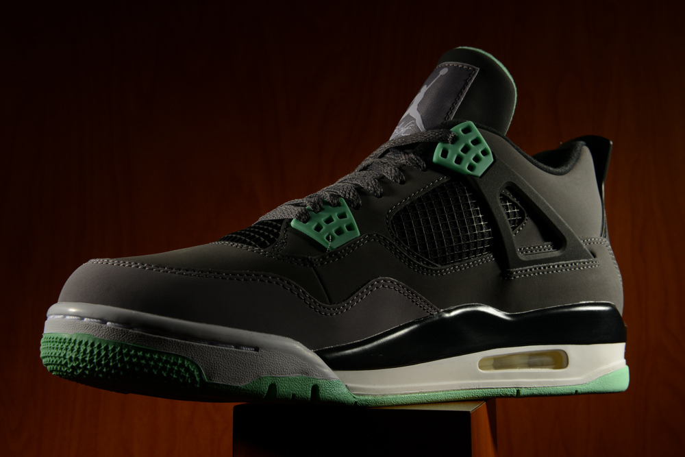 lowest price aa767 4536b Air Jordan Retro 4
