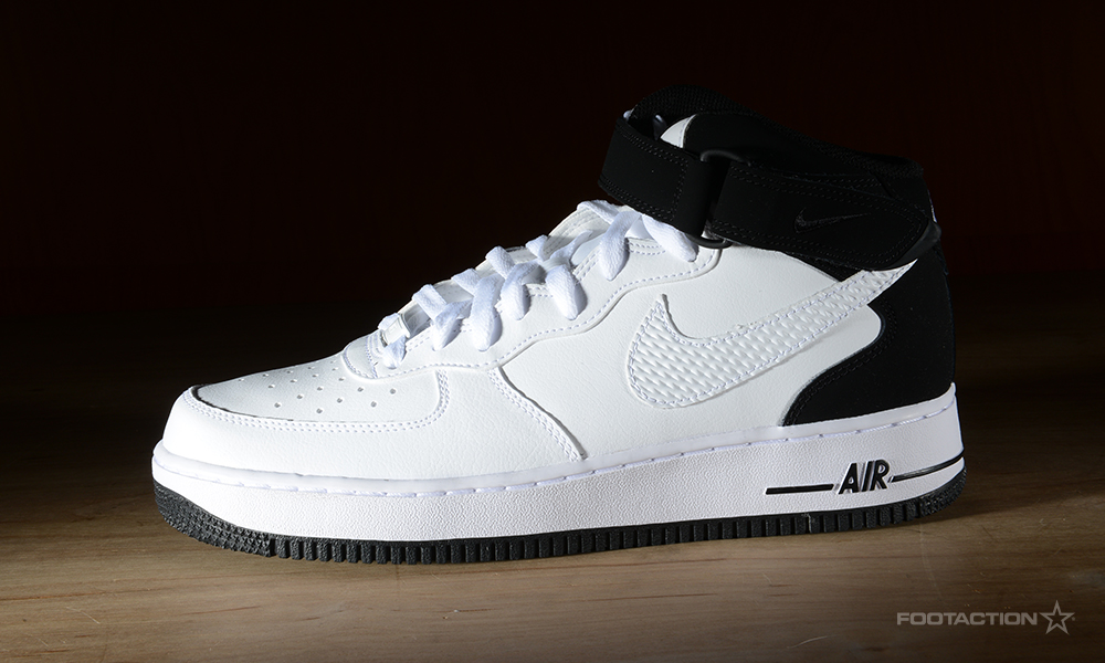 check out 641e4 ddf25 Nike Air Force 1 Mid White/BlackFootaction Star Club