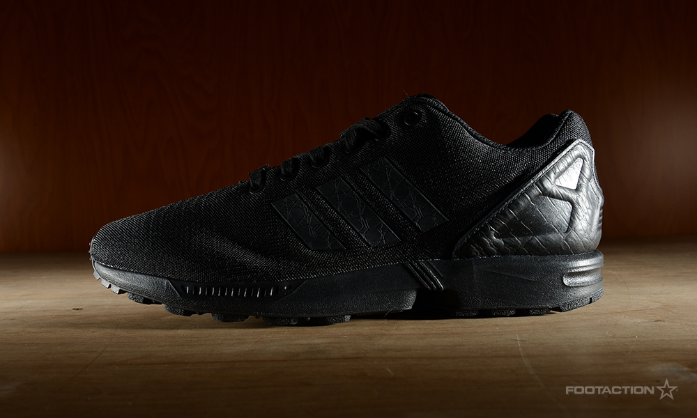 timeless design 63f2c 2dcad adidas Originals ZX Flux 'Triple Black'Footaction Star Club